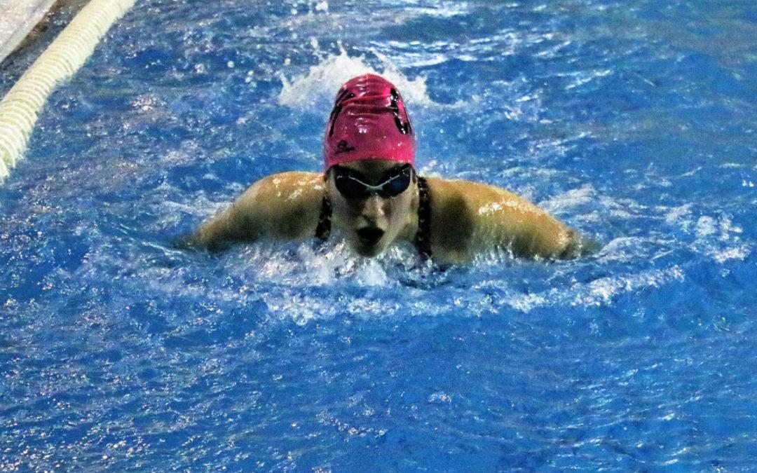 L'Hospitalet celebra la fase de sector i la final territorial de natació