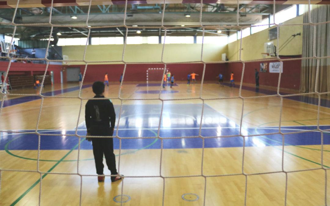 El futbol sala, protagonista de l'esport escolar a l'Hospitalet
